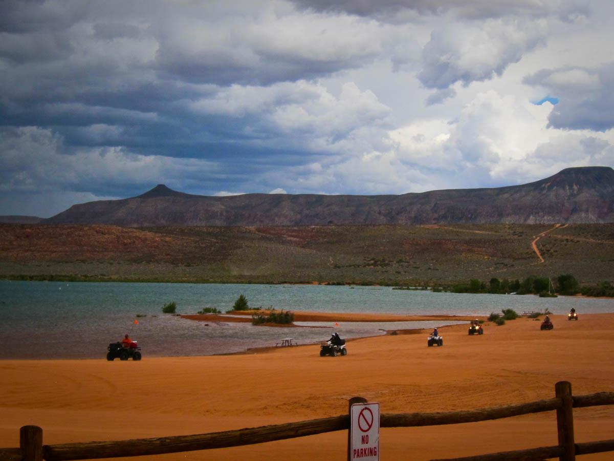 Kayaking At Sand Hollow State Park Utah Trek With Us